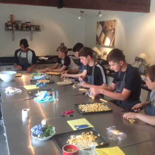 Students cookery course